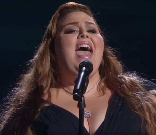 Chrissy Mets sings at the Academy Awards